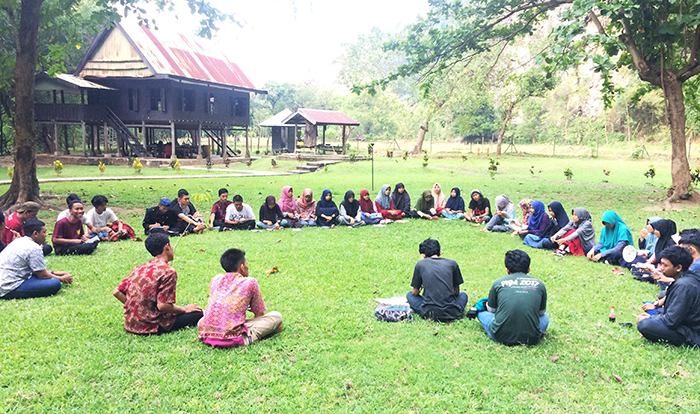 Pecandu Aksara Gelar Writing Camp 4